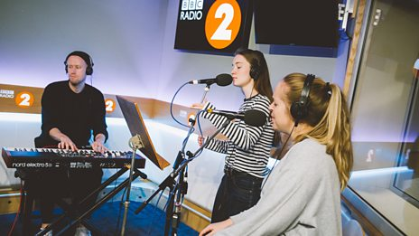 Sigrid performs a stripped-back beautiful version of 'Don't Kill My Vibe'
