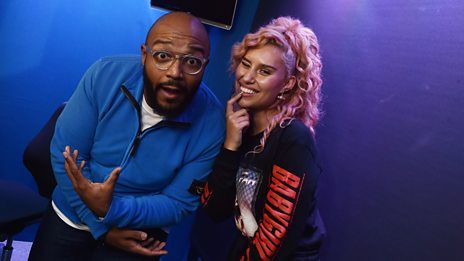 Raye in the studio wth MistaJam