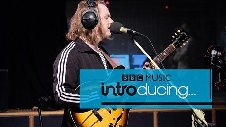 Lewis Capaldi - Mercy (BBC Music Introducing session)