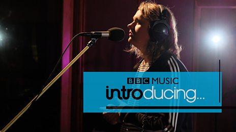 Lewis Capaldi - Bruises (BBC Music Introducing session)