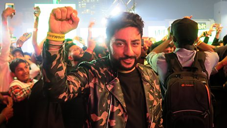 Bobby Friction goes behind the scenes with Divine