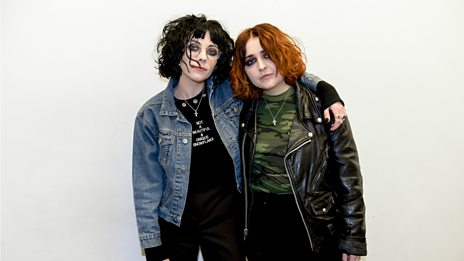 """Naomi Campbell asked us: 'where are your parents?'""- Pale Waves talk NME Awards, new celeb friends & selling out their UK tour"