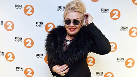 Kim Wilde tells Michael about her UFO sighting!