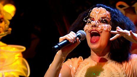 Björk - Courtship