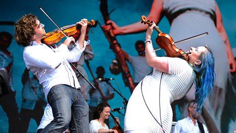Biggest Weekend - Eliza Carthy & The Wayward Band