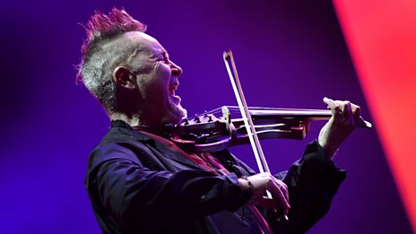 Nigel Kennedy with the BBC Concert Orchestra