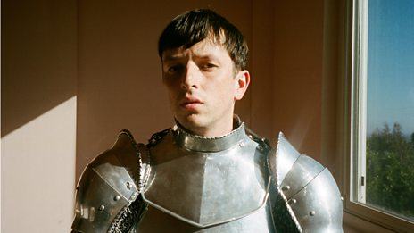 It's the return of Totally Enormous Extinct Dinosaurs!