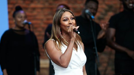 Alexandra Burke tells Good Morning Sunday what Aretha meant to her.