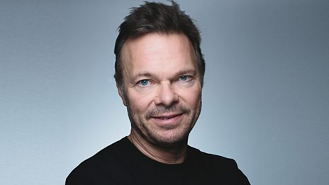 Pete Tong in the Rave Lounge at Queens, Belfast