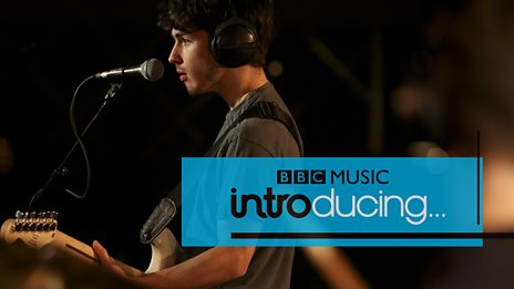Alfie Templeman - Yellow Flowers (BBC Music Introducing session)