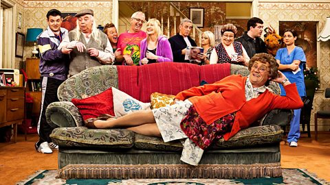 Mrs Brown's Boys - Series 2: 1. Mammy Pulls It Off