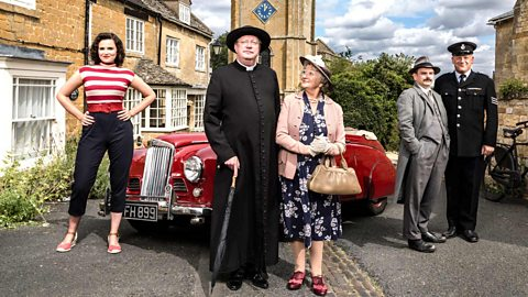 Father Brown - Series 1: 3. The Wrong Shape