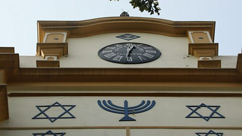The synagogue cared for by Muslims