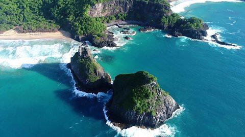Brazil's remote island 'paradise'