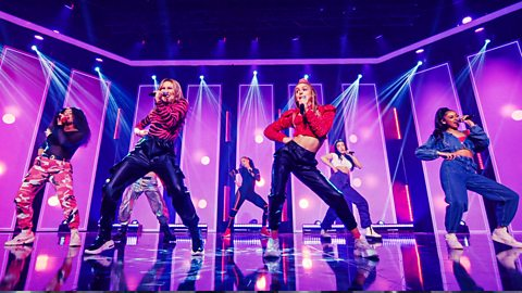 Anyone else in the mood to dance after that amazing performance?