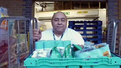 The homeless man who went from sleeping rough to feeding others