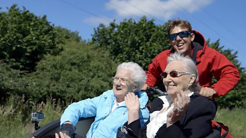The Falkirk student bringing joy to care home residents
