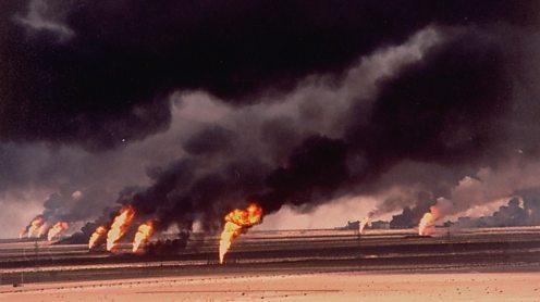Kuwait oil fields on fire, 1990. Gary Kieffer