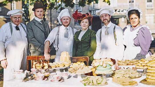Victorian Bakers - 4. Christmas