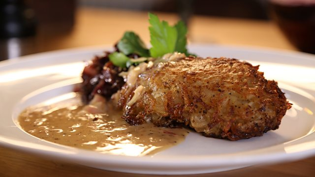 Potato-crusted pork with braised red cabbage recipe
