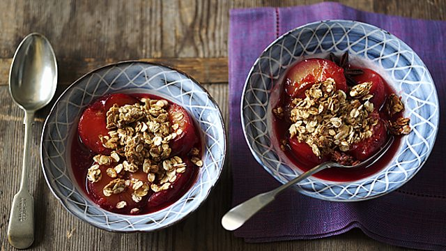 Healthy plum crumble recipe bbc food healthy plum crumble forumfinder Images