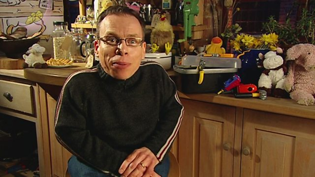 Warwick Davis - The Cow That Laid an Egg