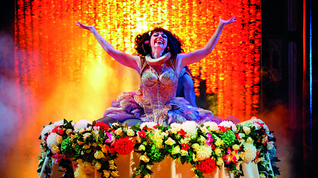 the archetypes present in midsummer nights dream Get an answer for 'how does shakespeare portray love in a midsummer night's //wwwenotescom/topics/midsummer-nights-dream dream, how does shakespeare present.