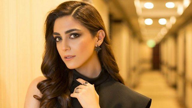 यह लड़की है पकिस्तान की ख़ूबसूरत अभिनेत्री, देती है बॉलीवुड अभिनेत्रियों को टक्कर