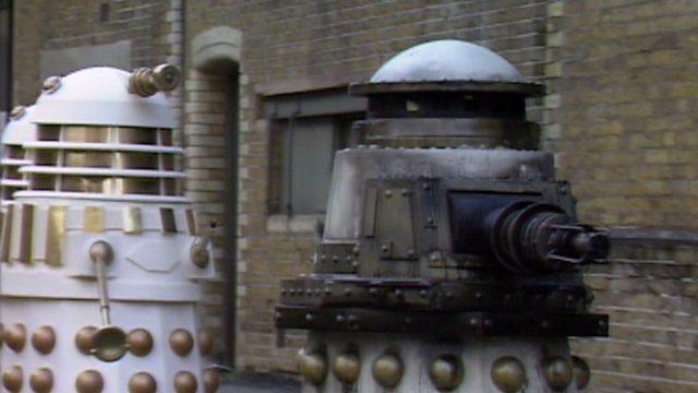 https://ichef.bbci.co.uk/images/ic/640xn/p00y0cmp.jpg