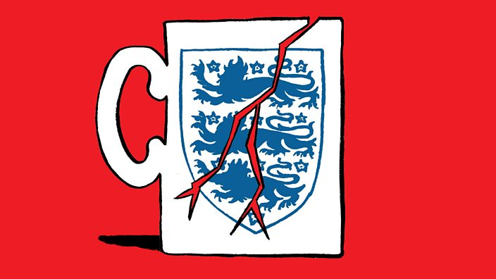 An illustration of a cracked England mug
