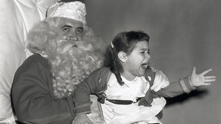 Santa kid crying