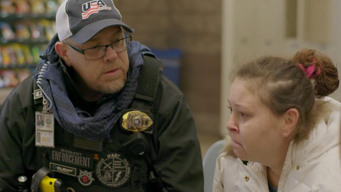 Bounty hunter waits with Keri at jail while details of her new bond are discussed