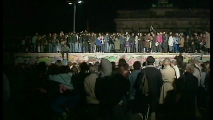 ベルリンの壁」を崩壊させたフラ...