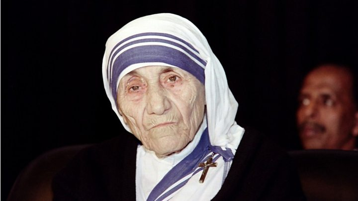 mother teresa declared saint by pope francis at vatican   bbc news who was mother teresa