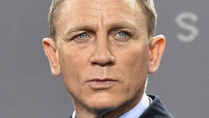 81b14efae2 Daniel Craig  still first choice for Bond role  - BBC News
