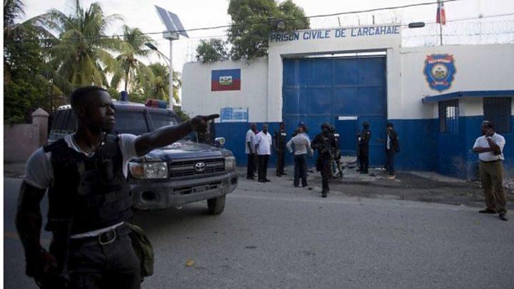 Haiti jailbreak: At least 150 inmates still on the run