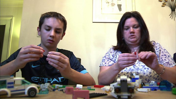 'Super-parenting' improves children's autism