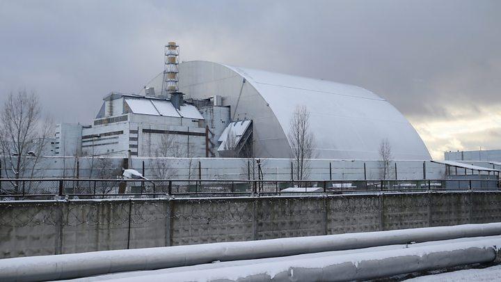 Así Se Instaló La Enorme Cúpula De Protección Sobre Un Reactor Nuclear De Chernobil