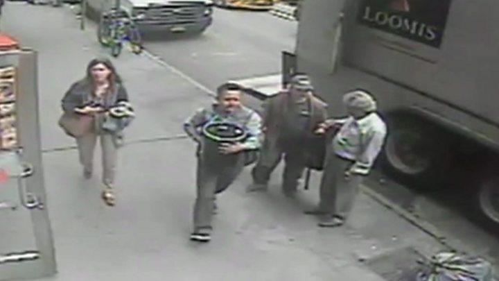 New York polisi 20 saniyede 1,6 milyon dolar çalan hırsızı arıyor