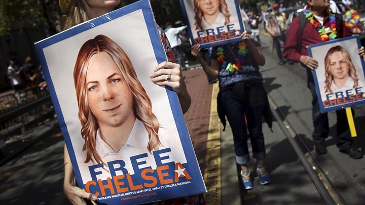 Chelsea Manning: Obama reduces sentence of Wikileaks source