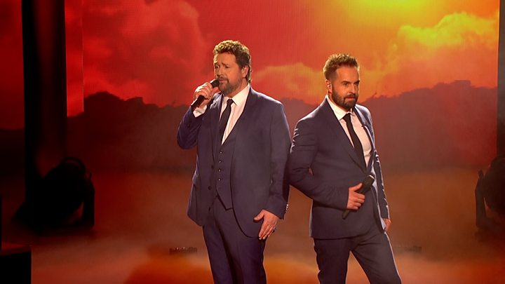 Michael Ball and Alfie Boe perform a medley of songs from the musical Les  Miserables