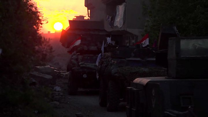 Mosul battle: Iraqis open up new front to retake city from IS