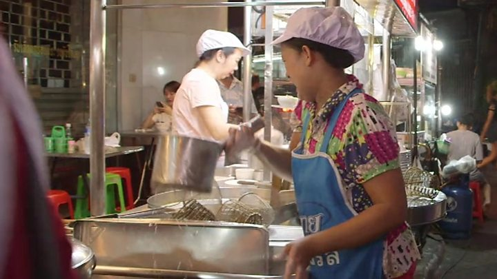 Image result for Street food: Thai foodies defend Bangkok vendor culture