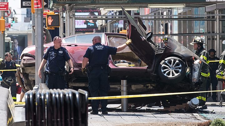One killed, 22 injured after auto plows through Times Square sidewalk