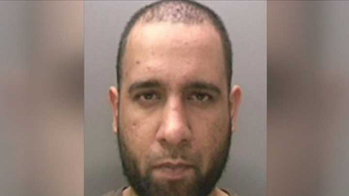 Fairy lights bomb plotter Zahid Hussain jailed for life