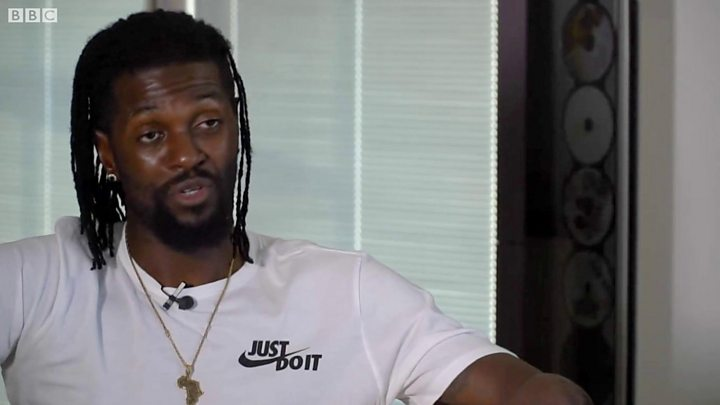 Les premiers mots d'Emmanuel Adebayor après son officialisation — Olimpia Asuncion