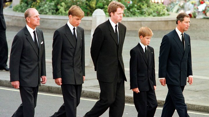 6f529d3abe5 Earl Spencer  lied to  over princes following Diana s coffin - BBC News