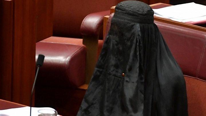 Australia senator wears burka in parliament
