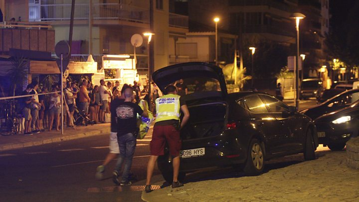3ef0e23e624a70 Spain attacks  Suspects shot dead in Cambrils after van-ramming ...