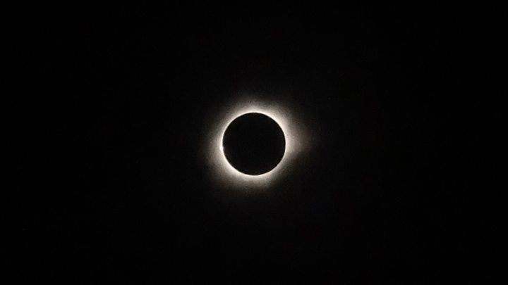 Eclipse spectacle set to grip US public